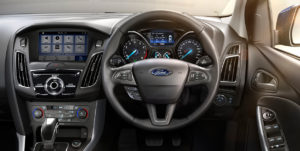 ford-focus-panel